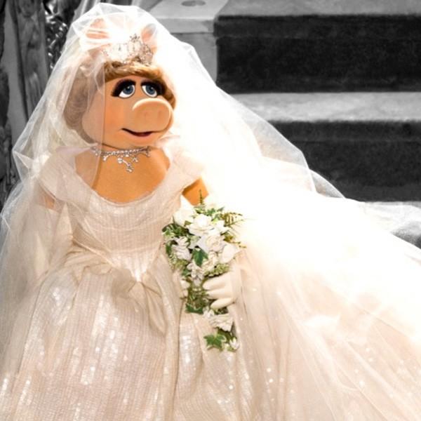 Vivienne Westwood designs Miss Piggys wedding dress